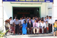 Ps-Viet-and-church