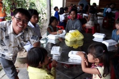 camp-lunch-3
